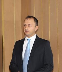 Murat AKDERE